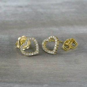 14K Finish 0.20 CT Diamond Heart Stud Earrings